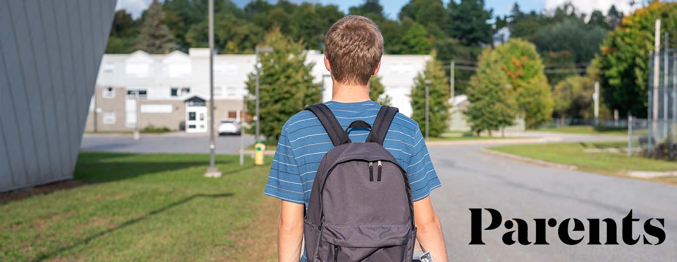 Teens Are Facing a Social Confidence Crisis Post-Pandemic, Here's What Parents Need to Know